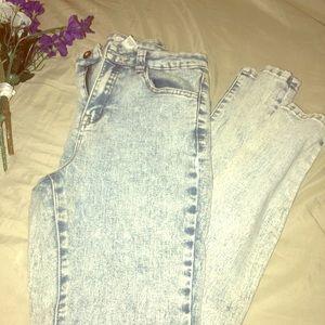 Forever 21 acid washed skinny Jeans